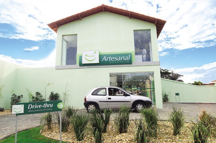 Artesanal-fachada-drive-thru